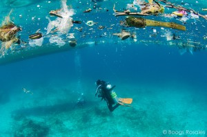 Floating debris poses a serious threat to the Coral Triangle's marine life. (Photo by: Boogs Rosales/ADB)