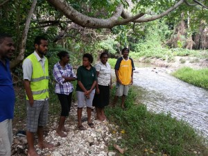 Vanuatu participants taking part in the wetland inventory training. (Photo by:  Roger Jaensch)